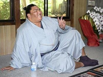 御嶽海の優勝、その本当の価値は?横綱大関が総崩れの「幸運と不運」。<Number Web> photograph by Kyodo News