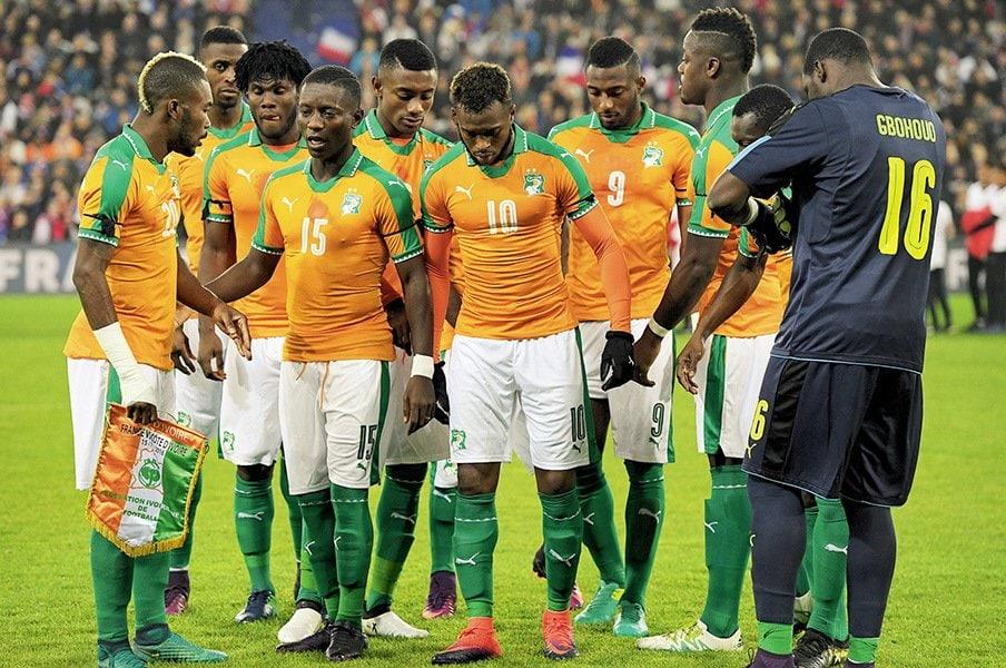ロシアW杯不出場のアフリカの巨象。コートジボワール代表、崩壊の課程。<Number Web> photograph by Alain Mounic
