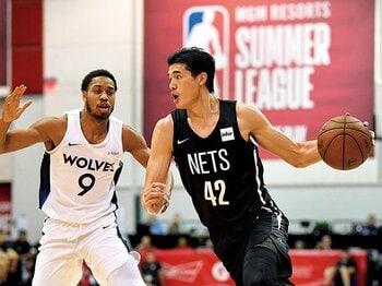 日本人2人目のNBA出場なるか。渡邊雄太、夢舞台へ一歩前進。~小学2年からの「NBAに入りたい」という夢~<Number Web> photograph by USA TODAY Sports/REUTERS/AFLO