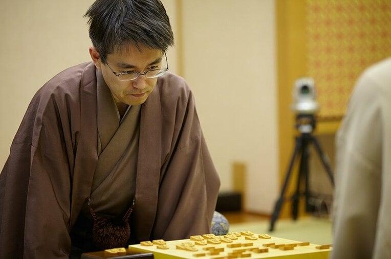 羽生善治 / photograph by Tadashi Shirasawa
