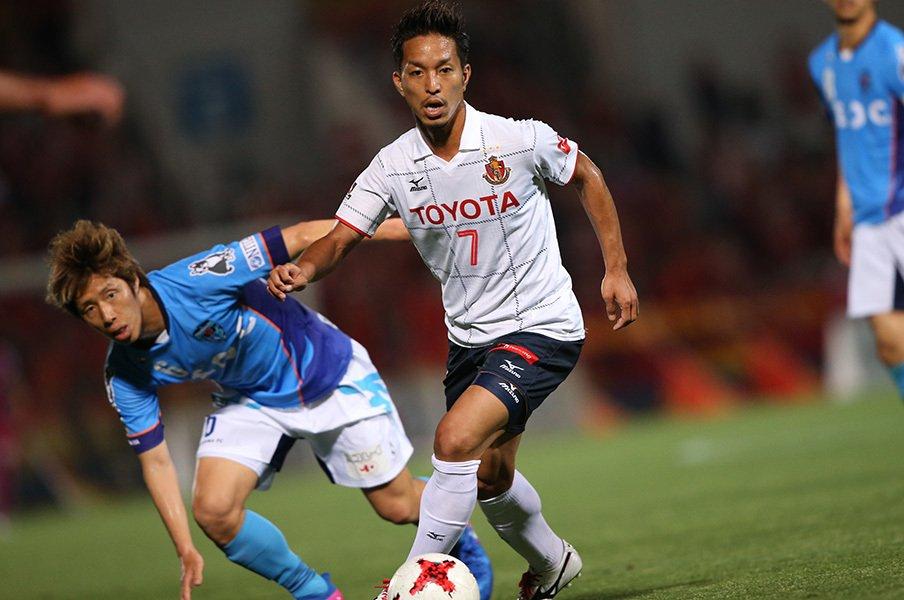 風間サッカーの代名詞は何が目的?名古屋のパスワークに潜む違和感。<Number Web> photograph by J.LEAGUE PHOTOS