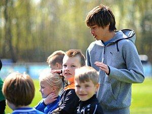 """息抜きはサッカー、来季はメッシと?伊東純也流「ベルギー""""地味""""生活」。"""
