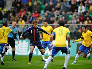 「こんなに楽しい試合は久しぶり」惨敗のブラジル戦で本田が見た風景。