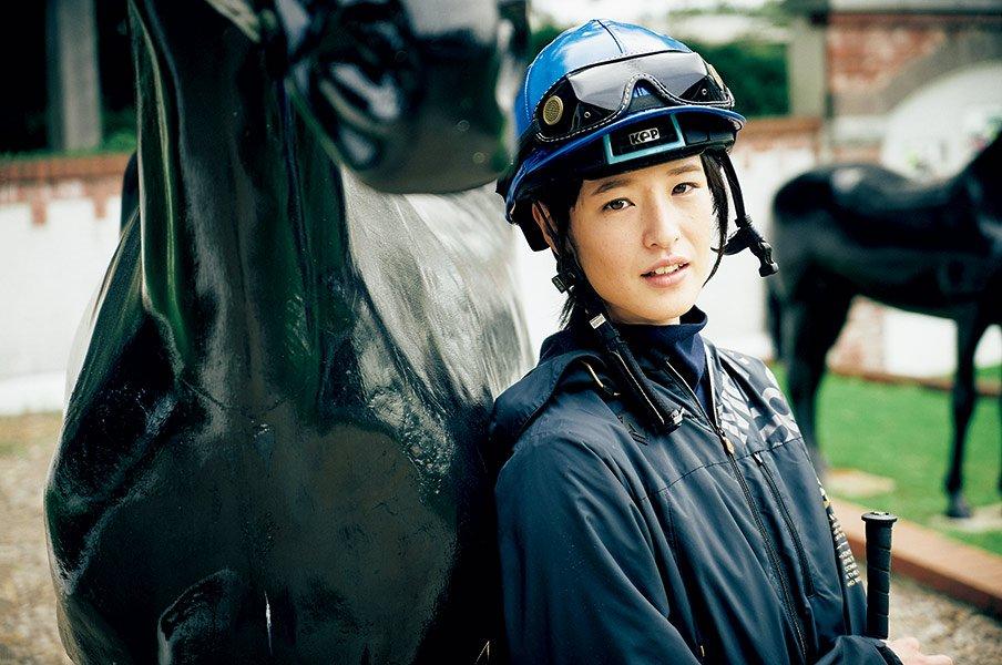 藤田菜七子が語っていたGIの願望。「いつか乗せていただけるように」<Number Web> photograph by Shin Suzuki