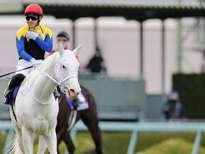 """【桜花賞】ソダシvsアカイトリノムスメの「紅白対決」か…""""並ではないスピード""""のあの馬が逃げるとコワい?"""