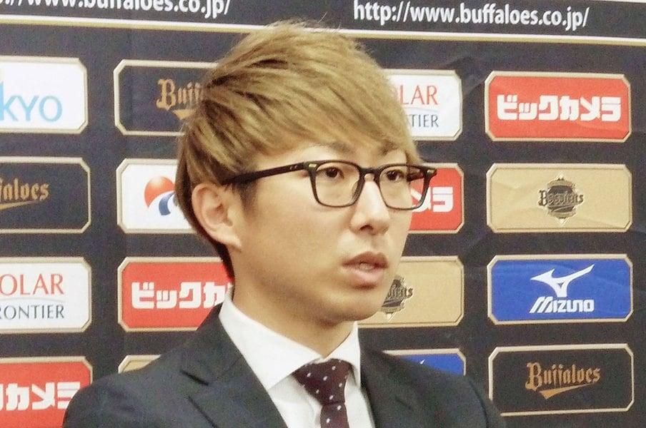 「言いたくない」「揉めたくない」プロ野球選手の年俸、悲喜こもごも。<Number Web> photograph by Kyodo News