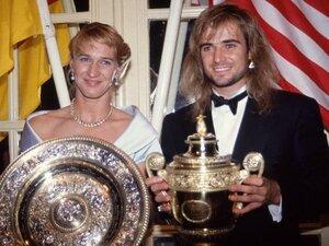 """テニス界の伝説・グラフが52歳に 絶対女王に憧れ続けた""""ある青年""""が「12年越しの片想い」を実らせるまで"""