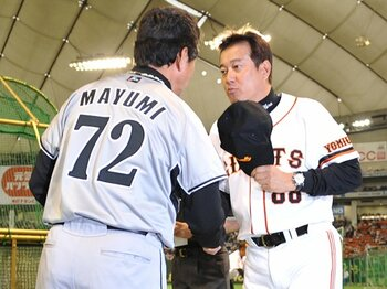 平均年俸とチームの強さが反比例。 広島とロッテの省エネ経営から学べ!<Number Web> photograph by Hideki Sugiyama