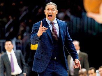 体調不良でHCの離脱が続出。見直される健康管理のあり方。~NBAの指導者たちを苦しめる過労とストレス~<Number Web> photograph by Getty Images
