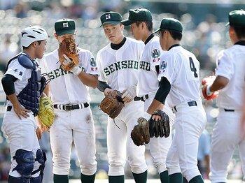 「二段モーション」の基準は審判次第!?専大松戸・原嵩が陥った甲子園の罠。<Number Web> photograph by Kyodo News