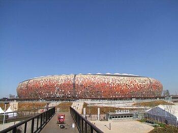 南アの人はマラドーナが異常に好き!?W杯メインスタジアムは未だ完成せず。<Number Web> photograph by Soichiro Takeda