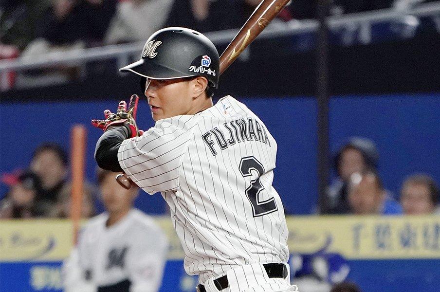 ロッテ藤原恭大「1つでも先の塁を」。開幕スタメンで刻んだ記録と記憶。<Number Web> photograph by Kyodo News