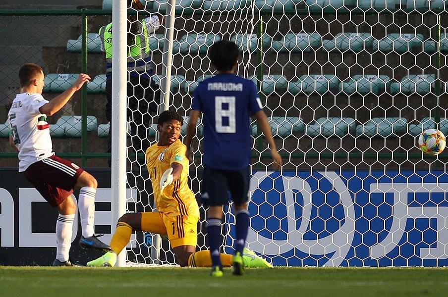U-17日本の16強完敗と決勝Tの壁。実力を出し切れば、と感じるだけに。<Number Web> photograph by Getty Images