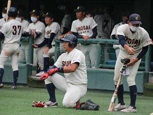 《ドラフト》「語学留学しようと」野球をやめる覚悟のスラッガーは、なぜ<中日6位>に指名された? スカウトが明かす決断の理由