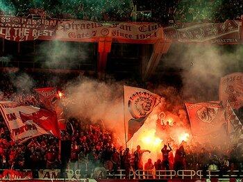 ギリシャと堅守速攻の複雑な関係。サッカーが爆竹と陽気さに包まれる国。<Number Web> photograph by Atsushi Kondo