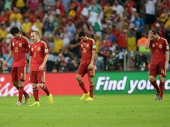 """""""強すぎた王者""""に手放しの賞賛を。スペイン、黄金の6年間の完全な終焉。<Number Web> photograph by Getty Images"""