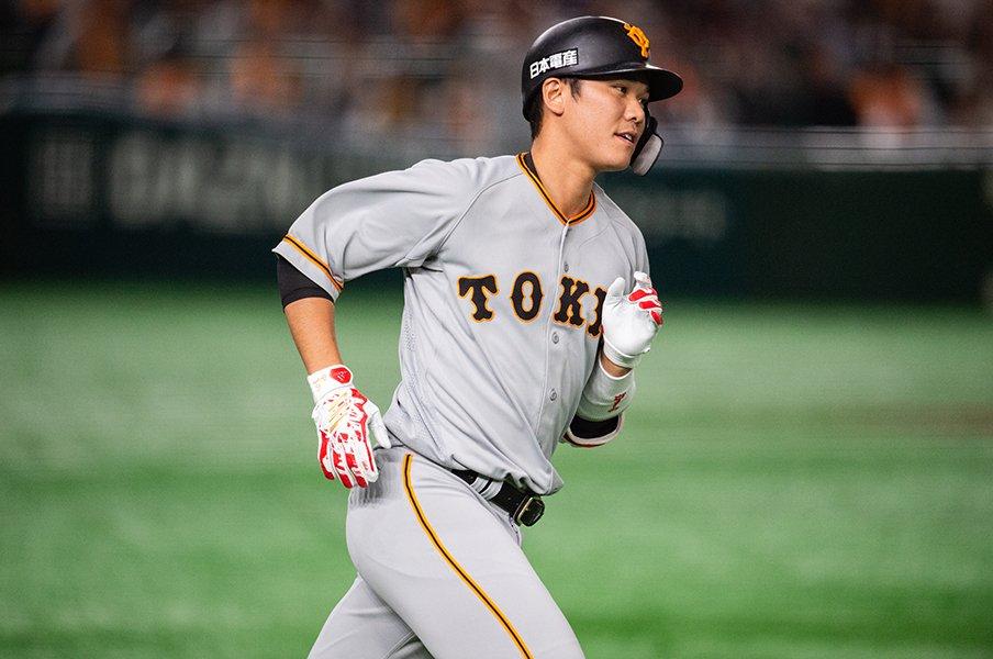 秋山翔吾の挑戦と、坂本勇人の存在。日本人野手とメジャーの距離は?<Number Web> photograph by Nanae Suzuki