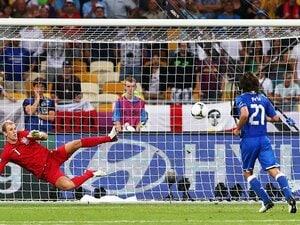 """PK戦の末、イングランドに辛勝した、""""らしくない""""イタリアが秘める可能性。"""