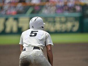 沖縄の先生に聞いた、野球と戦争。「沖縄を単なるリゾートとしか……」