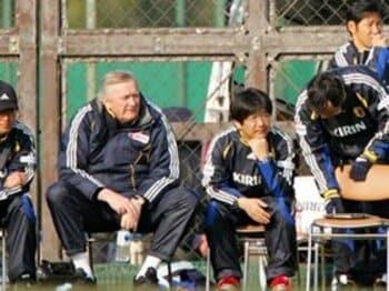 かつての教え子が明かす監督オシムの「悩み」。<Number Web> photograph by Toshiya Kondo