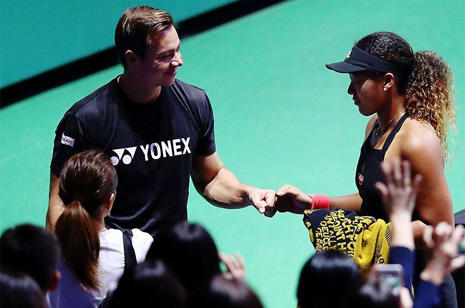 大坂なおみとサーシャの「別れ」。女子テニス特有のコーチの役割。<Number Web> photograph by Getty Images