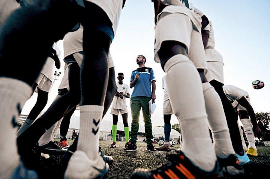 アフリカの小国・ジブチが起こしたサッカーW杯一次予選突破の奇跡!<Number Web> photograph by Alexis Reau/L'Equipe