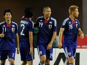 森本がエースとなる必須条件は、本田ばりの「ボールを収める技術」。