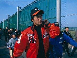 """寺原隼人が17年目のシーズンへ。直球に求めるのは速さより""""動き""""。"""