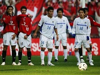令和に語り継ぐ、J平成名勝負(8)~2006年第34節:浦和vs.G大阪~<Number Web> photograph by J.LEAGUE