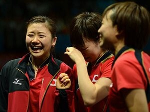 <初のメダルをもたらした戦略> 福原愛/石川佳純/平野早矢香 「卓球女子、未来への涙」