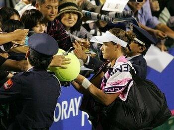 活気づく女子テニス。時代の変動を見逃すな!~東レ・パンパシの熱戦を振り返る~<Number Web> photograph by Hiromasa Mano