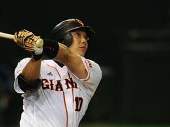 真夏の夜は、やっぱりプロ野球。花火とホームランが見所の球場は?<Number Web> photograph by Naoya Sanuki