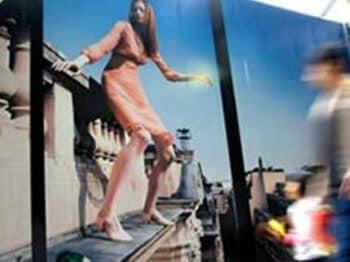 From:東京(JAPAN)「ユーロ2004観戦は暢気に、食中心でいかが」<Number Web> photograph by Shigeki Sugiyama