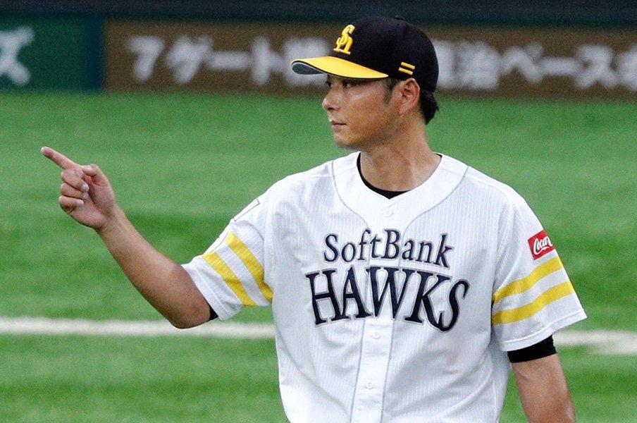 10年前のドラフトから考えるソフトB。育成指名を重視するきっかけの年に。<Number Web> photograph by Kyodo News