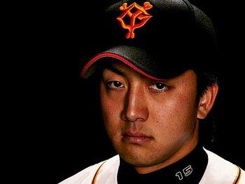 <本格派誕生秘話> 澤村拓一 「不器用さが生んだ剛速球」<Number Web> photograph by Yusuke Nishimura