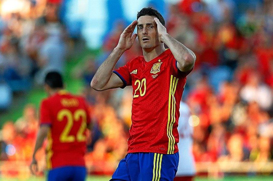 """スペイン唯一の問題はFWの""""二択""""。ビジャ&トーレスの後継は現れるか。<Number Web> photograph by AFLO"""