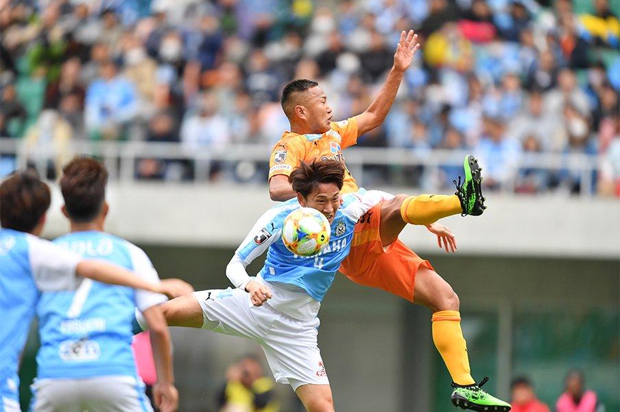 磐田vs.清水のダービーは大熱戦も静岡サッカー甦生への道は、まだ先。<Number Web> photograph by J.LEAGUE
