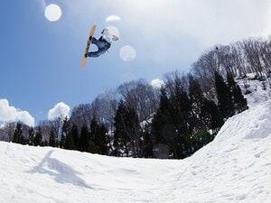 人気作家・東野圭吾が作り出した夢の祭典「スノーボードマスターズ」。