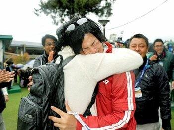 """石川遼、宮里藍らの""""心""""を読む……。「やる」「観る」「読む」ゴルフの魅力。<Number Web> photograph by Hochi Shimbun/AFLO"""