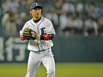 野球の華はショートかピッチャーか?日本人野手の評価がMLBで低い理由。<Number Web> photograph by Hideki Sugiyama