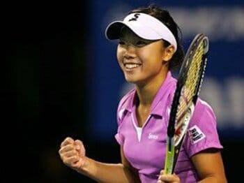 世界への切符を掴んだ不敵な17歳・奈良くるみ。~日本テニス界に新女王誕生~<Number Web> photograph by Hiromasa Mano