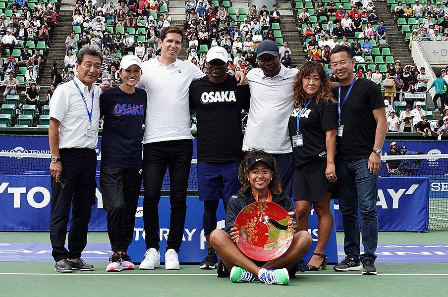 大坂なおみ、大阪での大きな優勝。臨時コーチの父とのキーワード。<Number Web> photograph by Getty Images