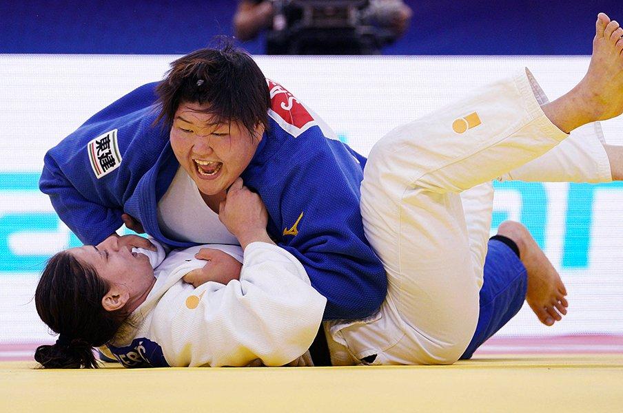 柔道と並行して医師を目指す二刀流。朝比奈沙羅の芯はずっと強いまま。<Number Web> photograph by Kyodo News