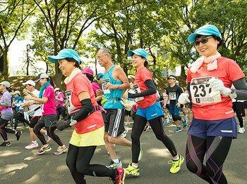 初のマラソン大会は、山あり谷あり。口論と自信を生んだ「皇居2周」。<Number Web> photograph by Asami Enomoto