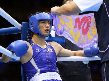 ボクシング界、48年ぶりの金なるか。村田諒太の最大の敵はジャッジ!?<Number Web> photograph by Shinji Oyama/JMPA
