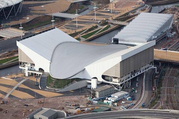 <ロンドン五輪2012> 競泳の会場となるアクアティクス・センター