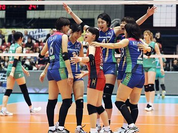 Vリーグ男女優勝チーム、強さの源。パナソニックと久光製薬の共通点。<Number Web> photograph by Kyodo News