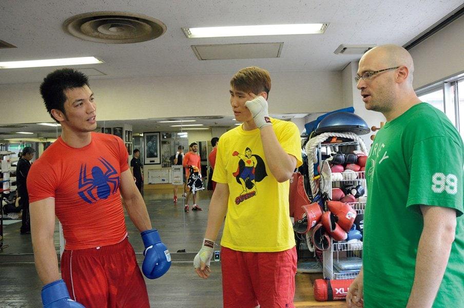 ある時は准教授、ある時は詩人。異色マッチメーカーの正体は?~ボクシングの「いい試合」を決める男~<Number Web> photograph by Makoto Maeda