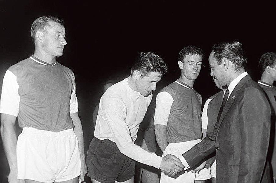モロッコサッカーの礎、ハッサン2世。「全体主義的サッカー」の記憶。<Number Web> photograph by L'Equipe