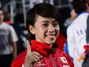 女子体操界の40年間の計画、結実――。村上茉愛の金メダルに込められた執念。